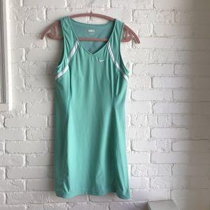 NikeFITdry Tiffany blue athletic dress Medium